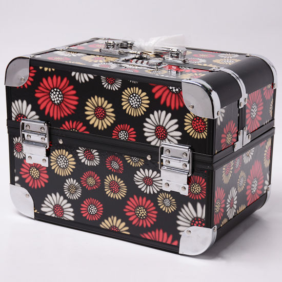 Professional Aluminum Makeup Box Cosmetic Case pictures & photos