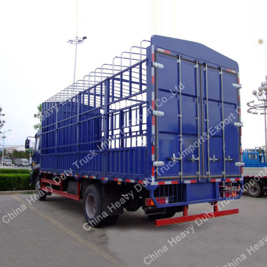 Animal /Vegetable Transport Sinotruk 4*2 160HP Stake Cargo Truck pictures & photos