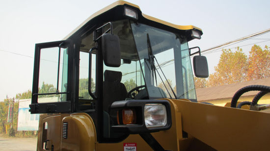 3 Tons Wood Fork Zl936 Wheel Loader pictures & photos