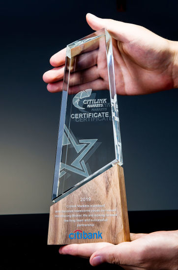 Wholesale Wood Plaque and Glass Crystal Trophy Awards