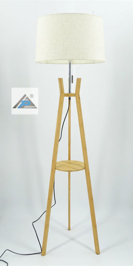 Bamboo Tripod Floor Lamp with Fabric Shade (C5007400) pictures & photos