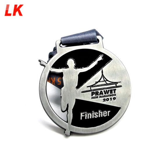 Hot Selling Custom Wholesale Sport Award Metal Medal with Ribbon