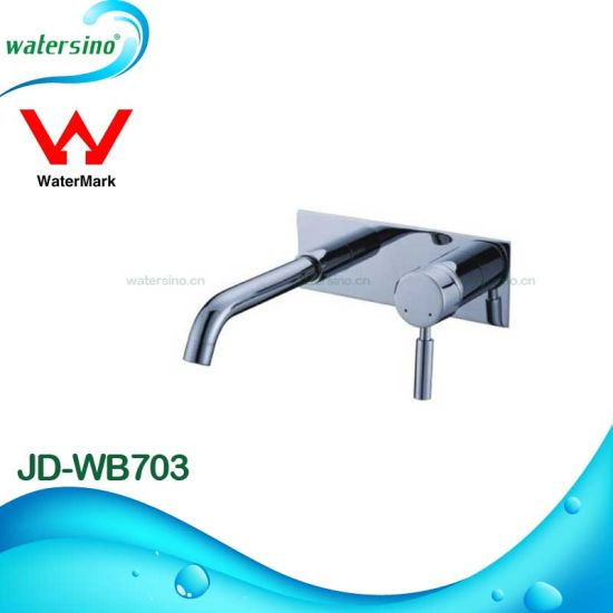 Sanitary Ware Wall Mounted Brass Water Basin Spout pictures & photos