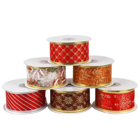 Different Styles of Decorative Christmas Ribbons