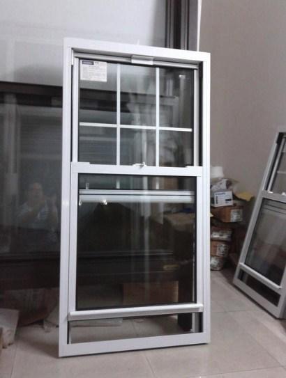 Glass Grid Window French Standard Lift Sliding Window