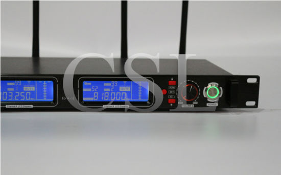 300m Reception UHF Wireless True Diversity Microphone pictures & photos