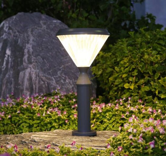 Lithium Battery Outdoor Solar Garden Lamp