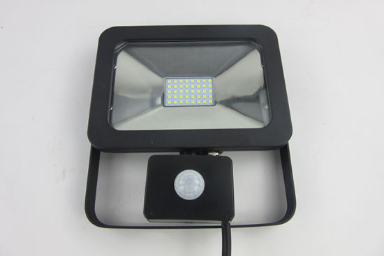 Outdoor 20W LED Floodlight with Motion Sensor (SLFAP5 SMD 20W-PIR) pictures & photos