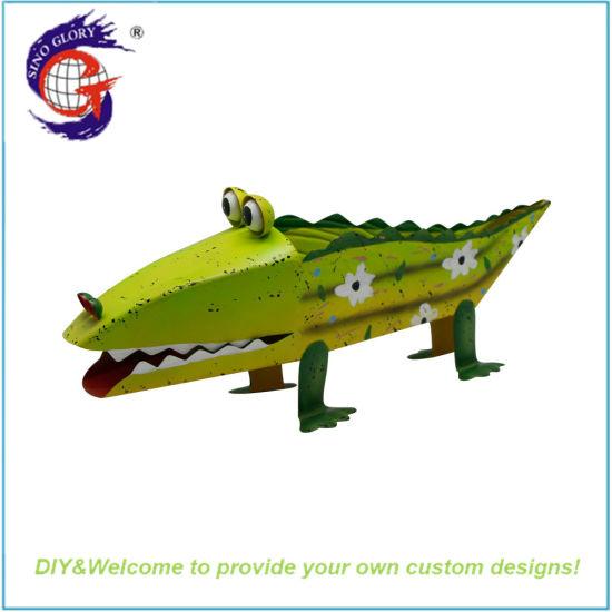 Metal Animal Crafts Big Crocodile Shape Flower Pot for Yard