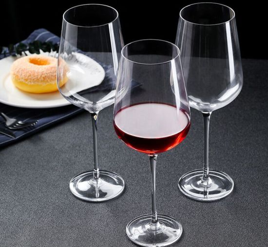 Crystal Red Wine Glass for Weeding and Banquet pictures & photos
