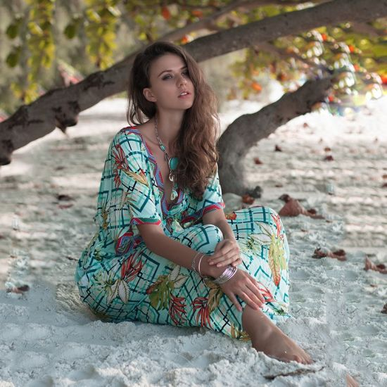 Hot-Sale Amazon Popular Deep V-Neck with Raglan Bat Sleeve Printed Long Dress