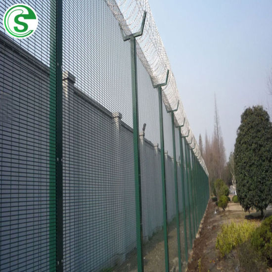 China V Bend Security 358 Mesh Clear View Fence with Spikes - China