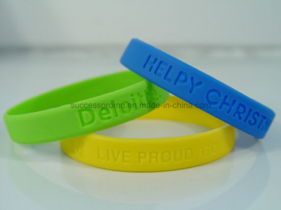 Festival Custom Cheap Debossed Fashion Silicone Bracelets pictures & photos