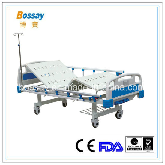 China Medical Supply Manual Bed with 2 Cranks Hospital Bed pictures & photos