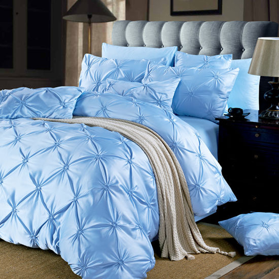 Luxury Soft Satin Silk Pinch Pleat 3PCS and 4PCS Duvet Cover Set Bedding Set pictures & photos