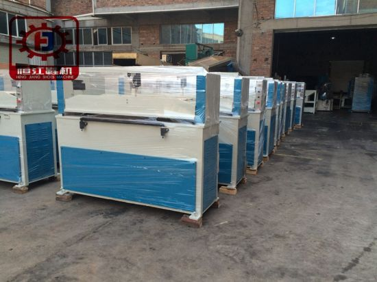 Four Column 40t Hydraulic Textile Cutting Machine for Shoe Manufactory pictures & photos