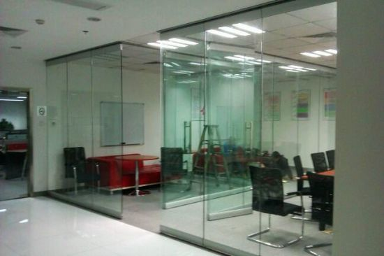Movable Glass Partition Walls/Movable Frameless Glass Wall pictures & photos