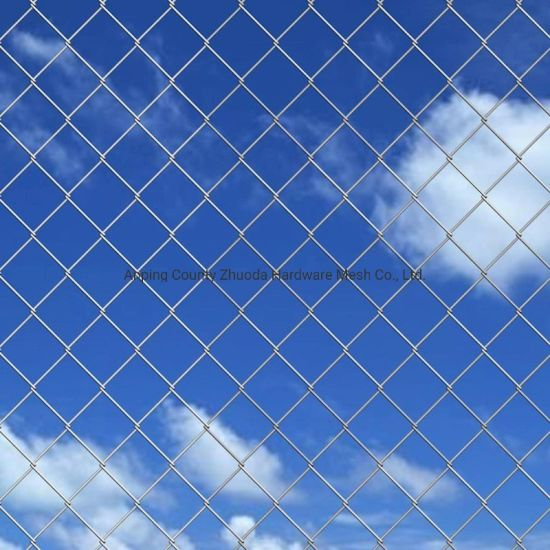 Hot-DIP Galvanized Chain Link Mesh Fence Made in China pictures & photos