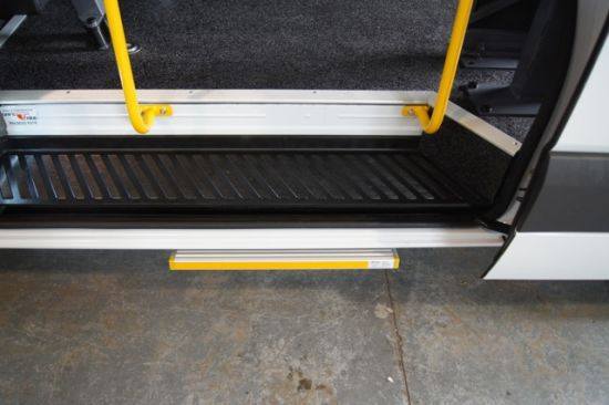 Es-S Electric Slide Step for Ambulance and Motohomes with CE Certificate pictures & photos