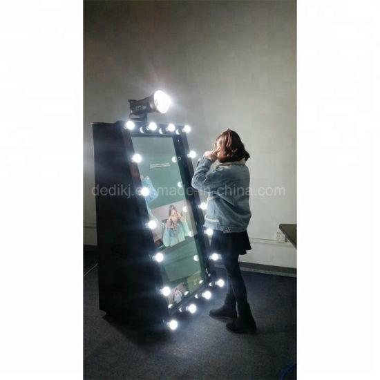Dedi 55 Inch Selfie Mirror Photo Booth Software Interactive Touch Screen  Kiosk OEM Digital Mirror Me Photobooth