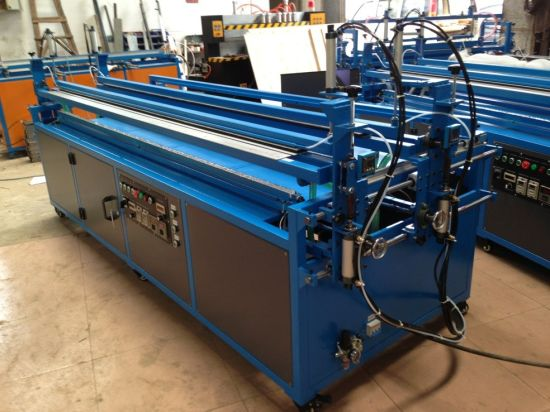Automatic Acrylic Sheet Bending Machine with Double-Heaters pictures & photos