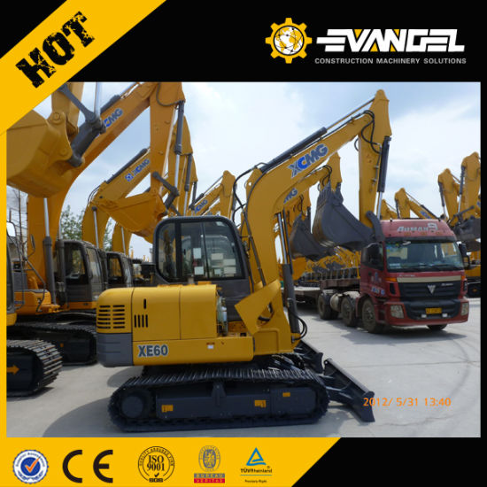 Cheap Price 2.2t Hydraulic Mini Excavator pictures & photos