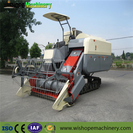 High Technology Agricultural Machinery for Rice Harvesting pictures & photos