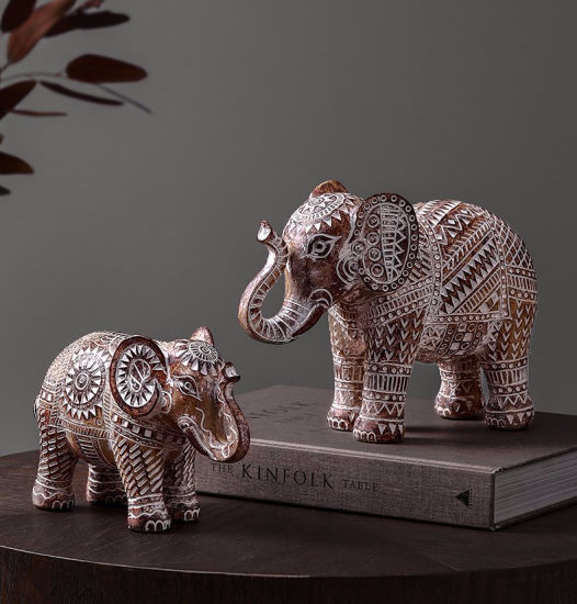 Home Improvement African Savannah Elephant Statue with Decorative Carved Pattern