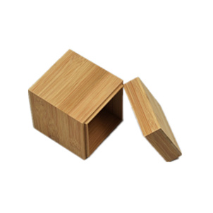 Unique Square Bamboo Watch Box/ Jewelry Box Display Gift Case with Lid pictures & photos