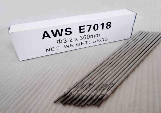 Aws E7018 Carbon Steel Welding Electrode in Guangzhou pictures & photos