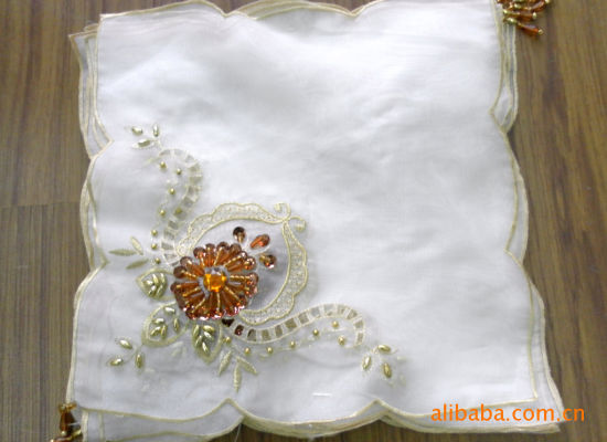 Source Factory Wholesale Beaded Embroidered Table Napkin, Cotton Dinner Napkins, Sequins Table Linen, Table-Runner, Tablecloth 584