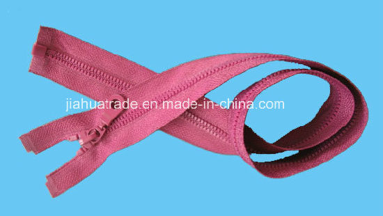 Nylon/Resin/Metal Zipper for Garment with Oeko-Tex pictures & photos