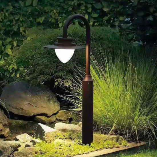 European Style Outdoor Garden Decoration Beautiful Top Quality LED Lawn Light