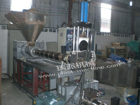 Two Stage Water Cooling Plastic Extruder Machine pictures & photos