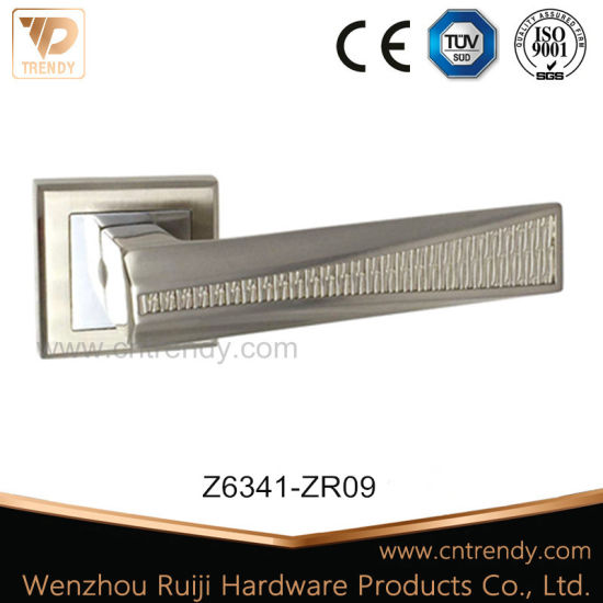 Zinc Furniture Lever Handle on Rose, Door Hardware (Z6323-ZR13) pictures & photos
