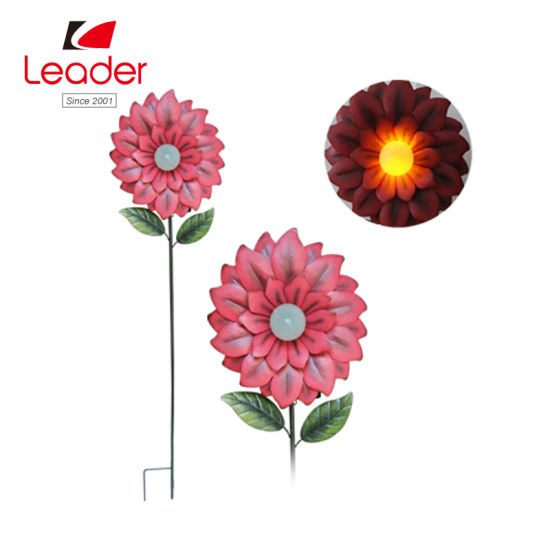 Solar Metal Flower Stake with Solar Lamp for Garden Decor pictures & photos