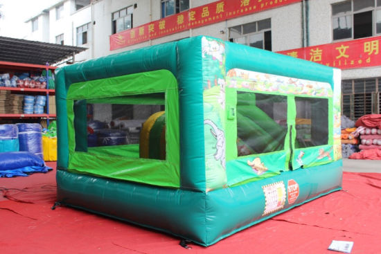 2017 Latest Inflatable Bouncer Jumping Castle with Slide pictures & photos