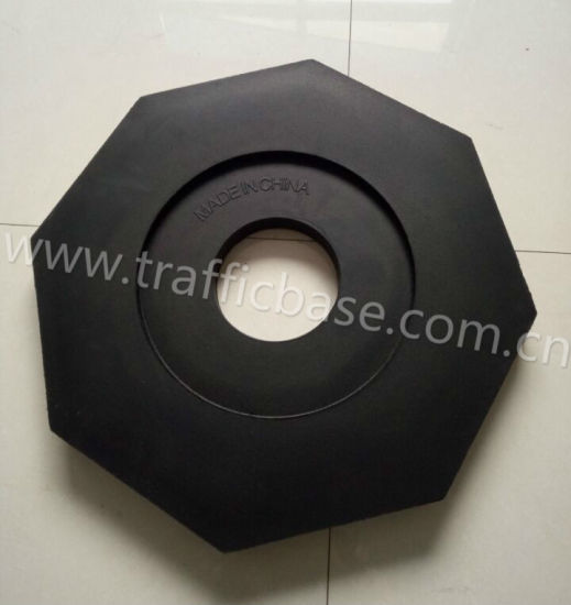 100% Recycled Black Rubber Traffic Base for Traffic Safety, Delineator Post