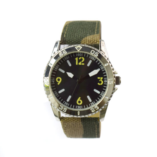 Promotional Customize Weaving Strap Man Big Face Gift Watches (cm19116)