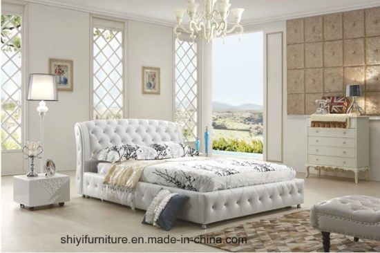 China Luxury Bedroom Furniture King Size Bed Leather Material Wooden ...