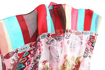 Custome Fashion Silk Satin Scarf with Metallic Yarn pictures & photos