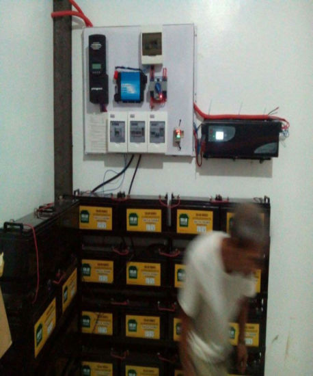 Warranty 2 Years High Quality 60A MPPT 48V Solar Power System Charge Controller pictures & photos