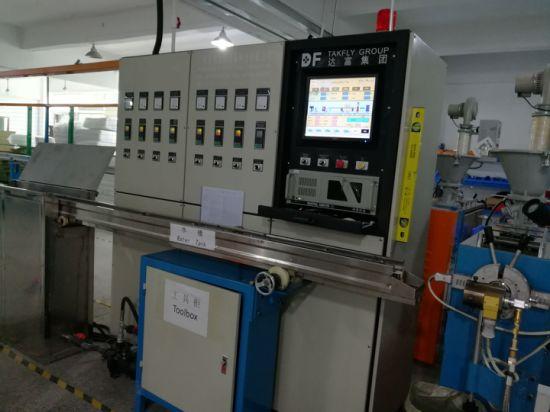 China Low Insert Loss 8/12/24 Fiber MPO to LC Fiber Optical