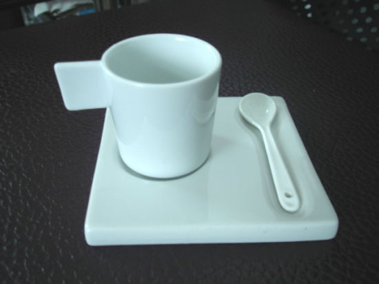 Ceramic Coffee Cup With Saucer (TR005)