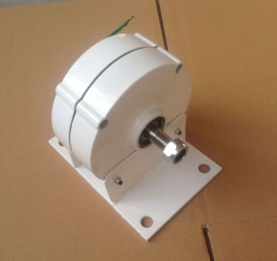Low Rpm 200W 12V/24V Permanent Magnet Generator Alternator pictures & photos