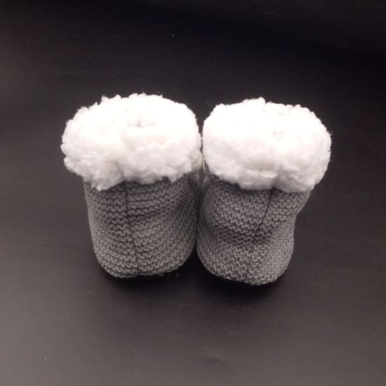 China Factory Direct Selling Crochet Cartoon Pattern Baby Shoes