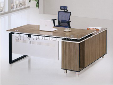 Europe Style Calssical Wholesale Office Desk (SZ-OD174) pictures & photos
