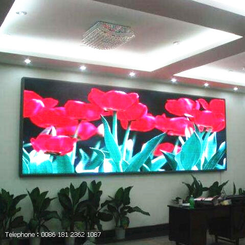 Foxgolden P5 LED Video Wall for Indoor Media Advertising pictures & photos