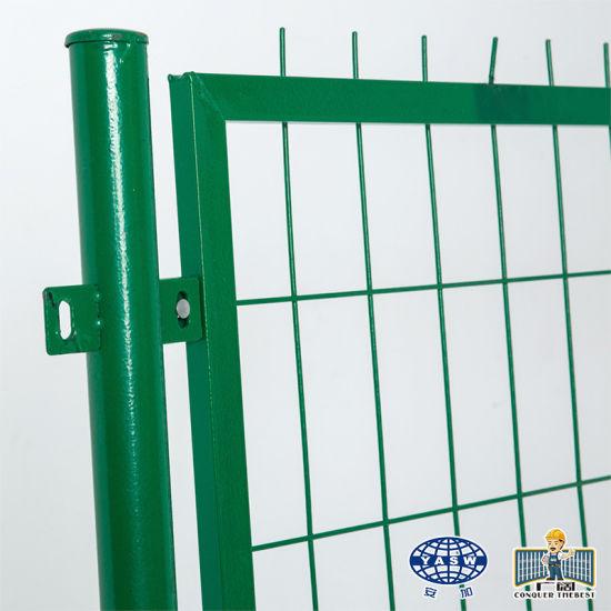 Green Vinyl Coated Galvanized Iron Welded Wire Mesh Garden Fence