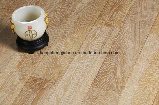 High Quality of The Oak Wood Parquet/Laminate Flooring